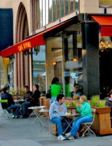 cafe_divine_exterior_2